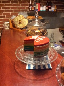 rainbow cake bloem gracht coffe shop