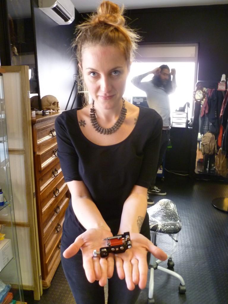 eugénie kasher tatoueuse black heart