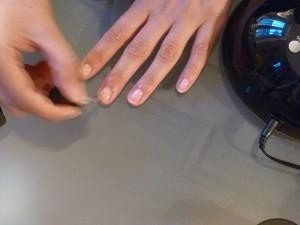 pose vernis semi permanent fingrs striplac