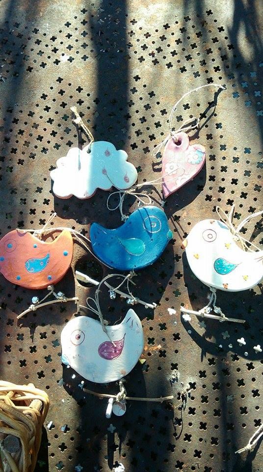 décoration à suspendre oiseau nuage céramique les pots de vanille