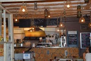 intérieur chez mémé paulette restaurant grenoble