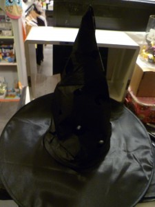 chapeau-sorciere-lampe-halloween-decoration-diy
