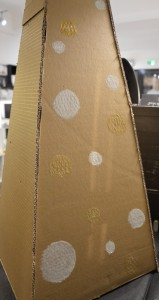 diy-tutoriel-carton-recyclage-sapin-cone-pyramide