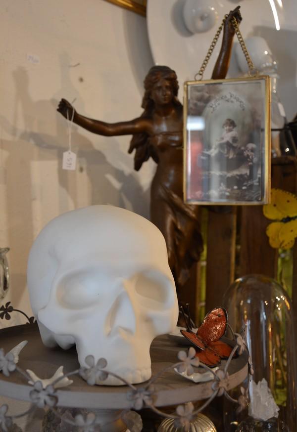 xou-crane-montpellier-curiosites-brocante-creations-shopping