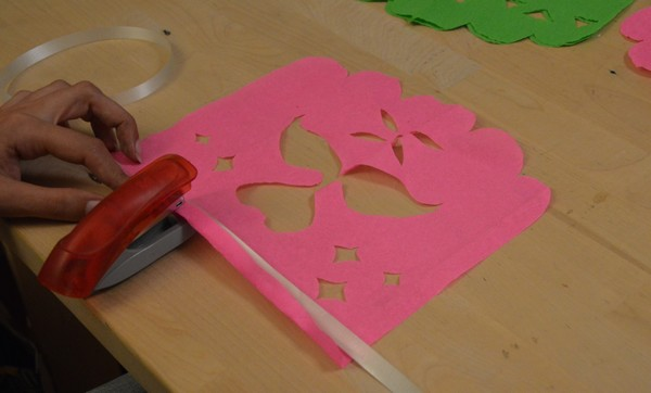 guirlande-papier-decoration-diy-tuto-tropical-flamantrose