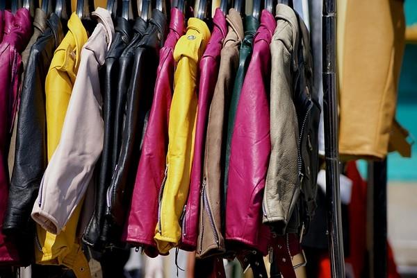vetements-mode-dressing-ecofriendly-recyclage-vintage-vide-greniers